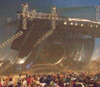 Stage Collapses–A Player's Perspective