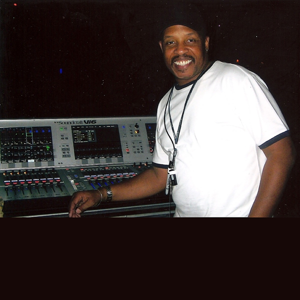NEWS: FOH Engineer/PM Kenneth Williams will appear at Mixing With Professionals seminar
