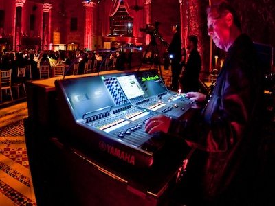 Gala Features Performances by Bennett, Sting and a Yamaha CL5