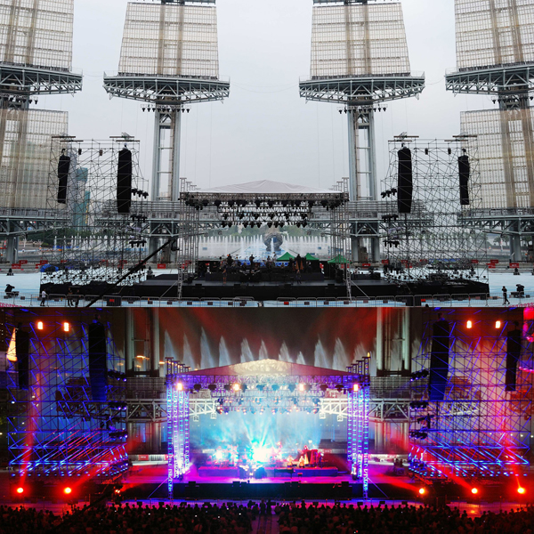 ON TOUR: Yanni's Guangzhou Concert Uses L-ACOUSTICS Systems