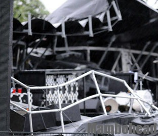 Report Points Fingers At Stage Owner In Ottawa Bluesfest Stage Collapse.